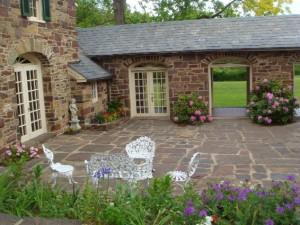 Green Hills Farm courtyard